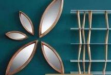 Horm / Fondée en 1998, cette grande maison italienne allie recherche technologique et design pour concevoir des meubles tendance et des accessoires uniques et exclusifs. Le bois, matériau de prédilection de HORM, permet la recherche de la perfection, dans la forme comme dans la fonction.