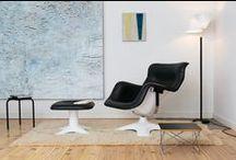 Artek / C'est en 1935 que la société Artek à été crée, par trois jeunes idéaliste: Alvar Aalto et Aino, Maire Gullichsen, et Nils-Gustav Hahl. Artek est une entreprise finlandaise, un centre de vente et de propagande en faveur de la nouvelle idéologie du logement. L'entreprise est basée à Helsinki. Alvar Aalto a commencé à dessiner des meubles en accord avec sa conception de l'architecture.