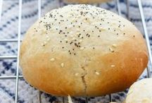 BREAD BISCUITS BAGELS / Recipes for bread, rolls, buns and biscuit recipes -- Bread recipes -- recipes for rolls -- bun recipes -- yeast bread -- quick rise bread -- quick rise -- no kneading