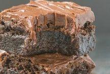 BROWNIES and BLONDIES / brownie recipes -- blondie recipes -- brownies -- blondies -- brownie sundae -- brownie desserts -- congo bars