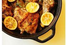 CAST IRON SKILLET RECIPES / cast iron pans -- cast iron cooking -- recipes made in cast iron -- one pan dinner recipes -- cast iron dessert recipes -- skillet recipes -- skillet dinners -- skillet breakfast recipes -- cast iron skillet recipes