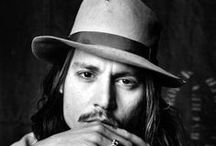 johnny depp / by Yahaira Burgos