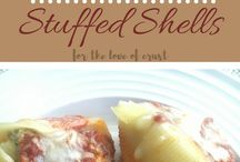 Family Friendly Dinner Recipes / Quick and easy family and kid friendly dinner ideas and recipes.