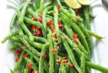 Get in mah belly [[savory sides]] / recipes for savory sides / by Dorothy Tso
