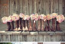Dream Wedding ideas..... / by Kaylianna Ott