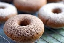 Donuts & Doughnuts / Every gluten-free do[ugh]nut you could ever dream of!