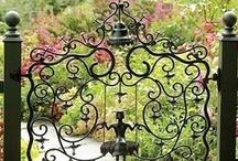 Gates and Entryways / by Glenna Garner