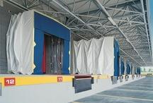 Abrigos extensibles / Los abrigos extensibles de #AngelMir están indicados para los huecos de carga a nivel de suelo, dotados con o sin mesas elevadoras y con espacios para maniobras reducidas. Más información en: http://bit.ly/TXCmzJ