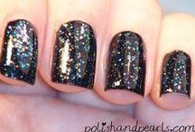nails / by Kristy Dalman