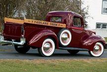 Art: Classic Trucks / by Roger Miller
