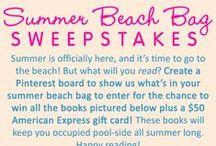 Summer Beach Bag / What's in YOUR summer beach bag?