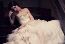 Gowns / by Melinda (Mode et Maison)