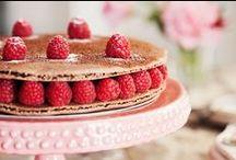 Delectible Desserts / by Megan Villa