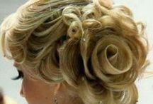 Hair Do's / by Soozie Goedde