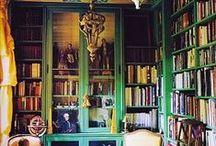 Books&Nooks / by Julie Knauss