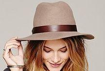 """WOMEN'S  DRESS HATS / """"Chapeaux qu'il nous faut !"""" La Mia Cara"""