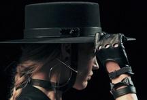 Le Monde d'Hermès - Hats