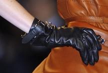 Le Monde d'Hermès - Gloves