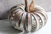 FALL / Fall decor, recipes, printables and projects. / by Jamie Carter