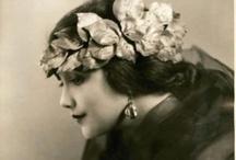 vintage  / old photos to make you smile / by Jennifer Martinsons