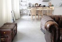 Interior | Livingroom / by Amanda // Pinechunks