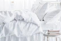 Dreaming of a white bedroom ... / White bedrooms we'd love to live in