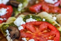 Food-Pizza / by Jennifer Cook