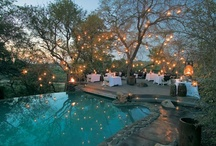 Safari Lodge Sleeping / Luxury bedrooms in African lodges