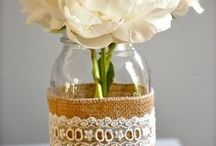Savvy DIY : Brilliant Budget Projects / Crafting doesn't have to Cost Big Bucks.  (If it does, better to leave it to the experts!)