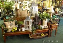 Boutique & Shop Displays / Merchandising / by Pamela Osborne