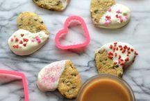 Crave-worthy Cookies / Is someone baking cookies?!