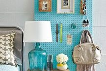 Pegboard storage ideas / Clever pegboard ideas to use for storing bits and bobs.