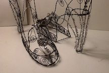 wire sculpture, jewels, and chains / Everything to do with wire art!