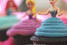 Party Ideas / by Mandy Tacchini