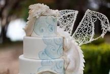Cake-ittude / by Sharna Alt