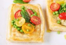Pizza and Flatbread Entrees / by Sarah Marie Bee