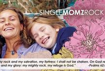 SingleMomzRock Picture Poses / Family picture poses for single moms! Check us out at www.singlemomzrock.com!