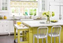 kitchens / by Lyn Muddle