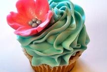 Cupcakes! / by Stephanie Pollard