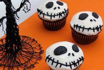 Halloweenieeee / by Ashley Elliott