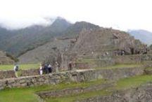 Maravilla del Mundo / Machu Picchu fue construida por el imperio incaico a mediados del siglo XV. Sus peculiares características arquitectónicas y paisajistas lo han convertido en uno de los lugares turísticos más famoso del mundo. #Travel #Viaje #Peru #Cusco