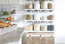Organization / Pretty spaces that are organized beautifully.