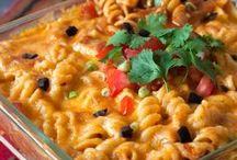 Pressure Cooker (Instant Pot) Pasta Recipes / Delicious pasta recipes that are quick and easy to make in your pressure cooker (Instant Pot).