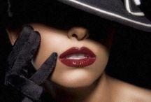 Noir and Femme Fatales / Film noir, book noir, and the darker side of beauty