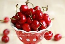 The cherry on top! / There's nothing quite like a cherry at the top of a delicious ice-cream sundae ... or as a key ingredient in your Christmas cake. Fresh or glazed, cherries can be used in a variety of dishes, from savoury to sweet!