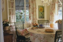Dining Rooms / by Jackie