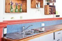{Para fazer com caixote} / Ideias para reutilizar caixotes de feira ou vinho em madeira e decorar a casa de forma sustentável e barata.