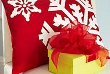 Christmas Crafts / by Raygan Woodward