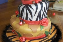 Amazing Cake Designs / by Suzanne Christopher