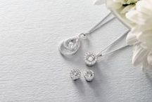 Shiny NEW Things - Diamonds that Dance / The Dance by Beaverbrooks collection consists of the most beautiful pendants and earrings with a breathtaking diamond in centre stage. The diamond continually dances and flutters at the slightest movement, capturing every light with their incredible fire and sparkle.